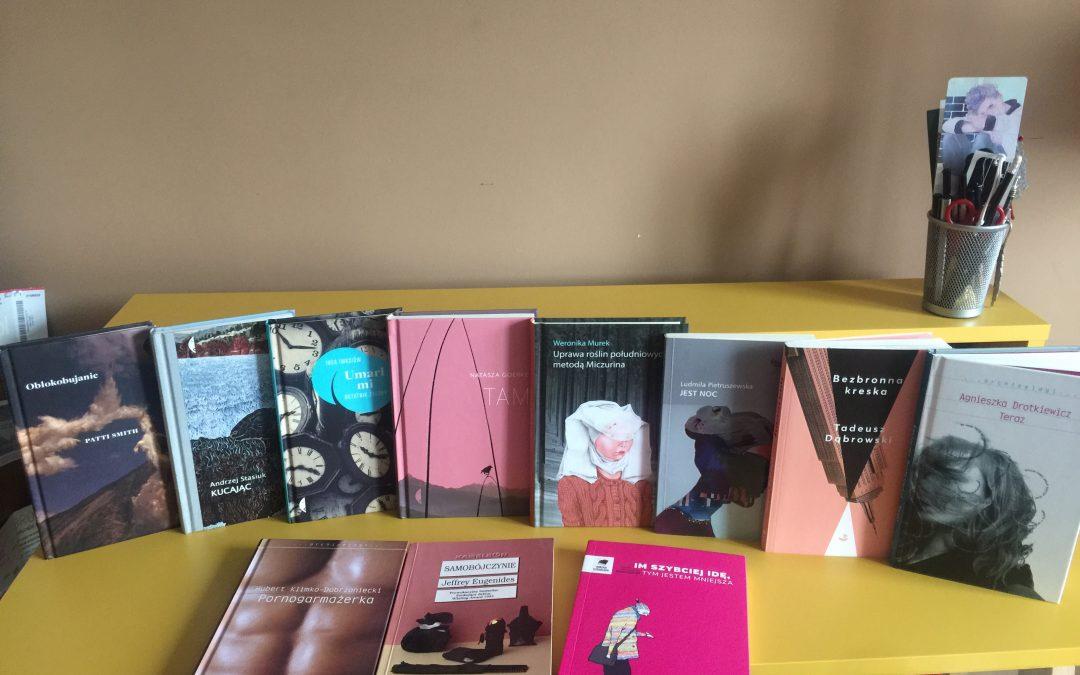 Małe książki wielkimi treściami pisane